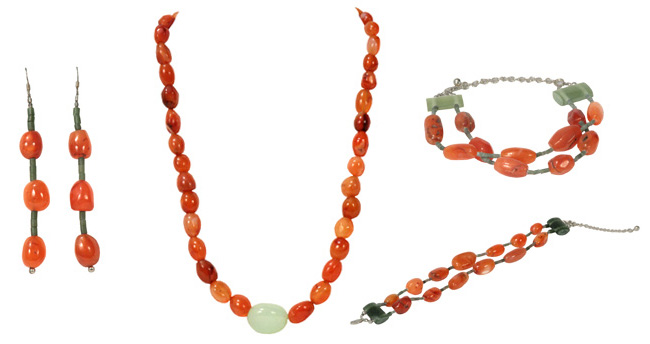 Carnelian Bead Necklace with Green Quartz Egg, plus bracelet and earrings