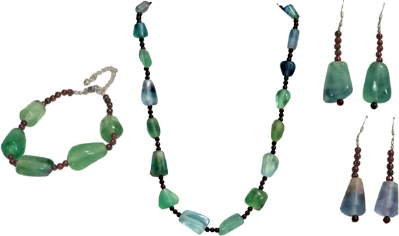 Green Fluorite Necklace w/ Garnet Beads