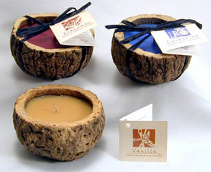 Burgundy red (cinnamon scent), Baby blue (Carnation scent) and Vanilla color and scent Brazil Nut candle.