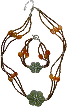 MHC:FLWRGR - Carnelian and green fluorite necklace and bracelet from Afghan women.