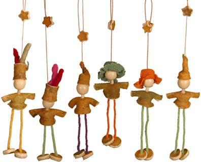 Orange Peel dolls - hanging Christmas Ornaments for your Christmas tree.