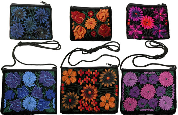 Guatemalan coin bags and shoulder bags in 3 colors.
