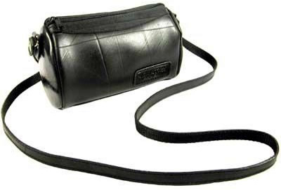 Recycled tire tube shoulder purse / bag hand-made in El Salvador.  Fair Trade.